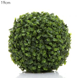 Boxwood Ball 19cm