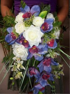 artificial wedding flowers Cascading-Style-Bouquet